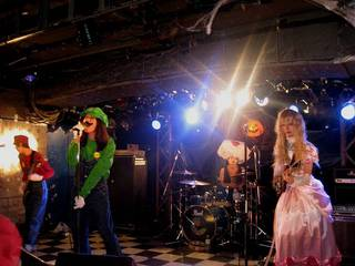 Halloween ball 2010_522-s.JPG
