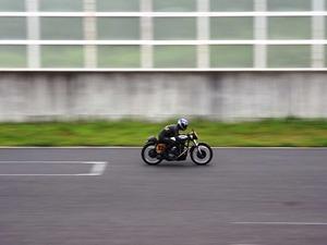バイク走行シーン2.JPG