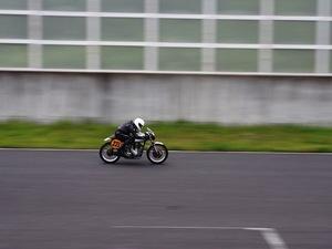 バイク走行シーン3.JPG