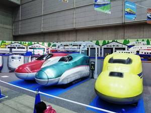 バルーン電車 3台改-s.jpg